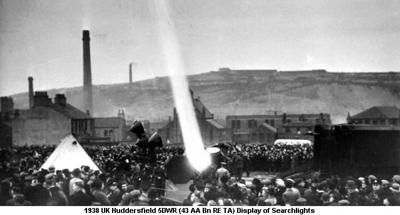 1938 UK Huddersfield 5DWR (43 AA Bn RE TA) Display of Searchlights