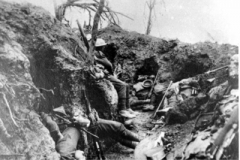 1916 France  5DWR in trenches at Thiepval Wood