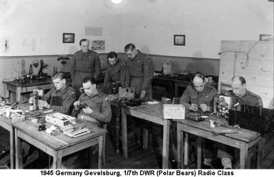 1945 Germany Gevelsburg Radio Class