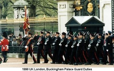 1998 UK London - Buckingham Palace Guard Duties
