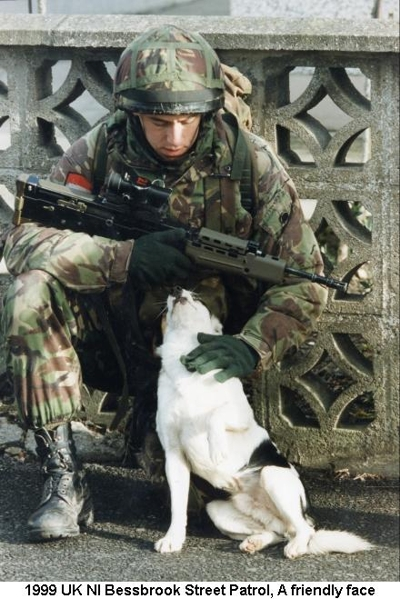 1999 UK NI Bessbrook Street Patrol - A friendly face