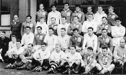 1DWR Team 1957/59 Captained by Capt Gilbert Smith The Regiment v Ulster Score = 1DWR (19)- Ulster (8)